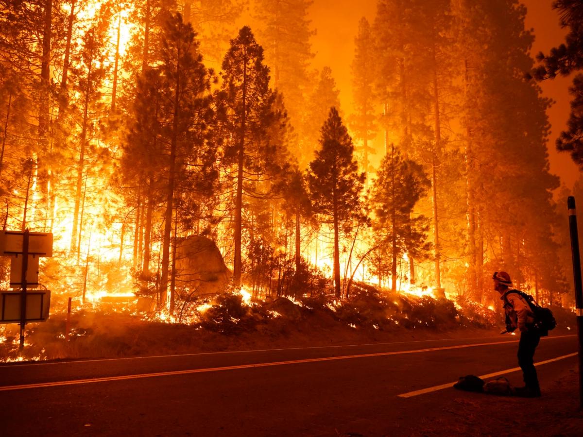 massive_flames